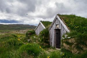 The Sorcerer's Cottage is located next to Hotel Laugarhóll