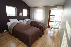 Double room with private facilities including breakfast