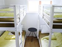 Apartment for six persons in category B - Bedroom with bunk bed, accommodating four persons