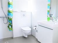 Apartment for six persons in category B - Bathroom