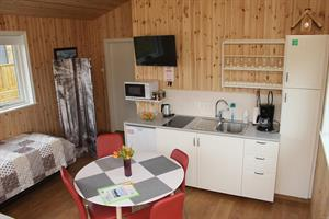One bedroom cottage - Kitchen and sitting area