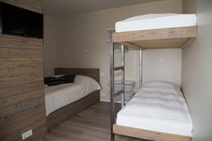 Mói - Studio apartment with a double bed and bunk beds. Ideal for families.