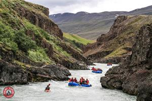 Enjoy the stunning nature of canyons and towering cliffs