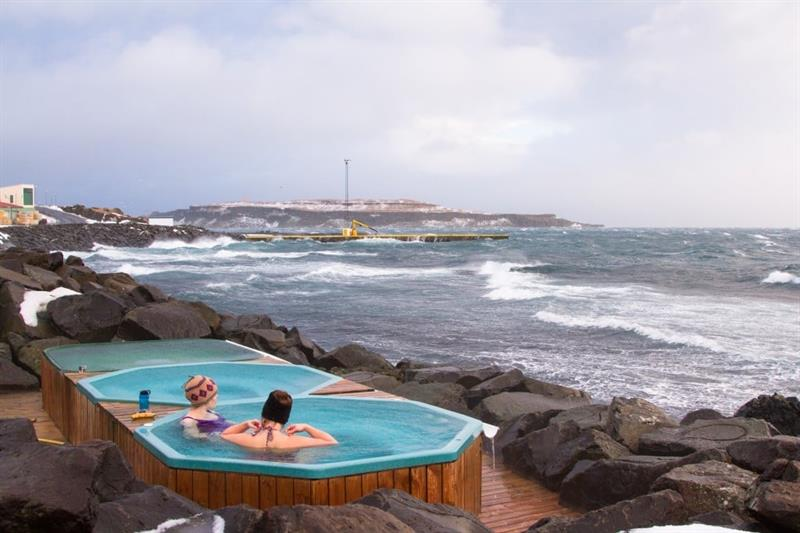 Natural Jacuzzi Iceland.Top 20 Hot Springs And Swimming Pools In Iceland