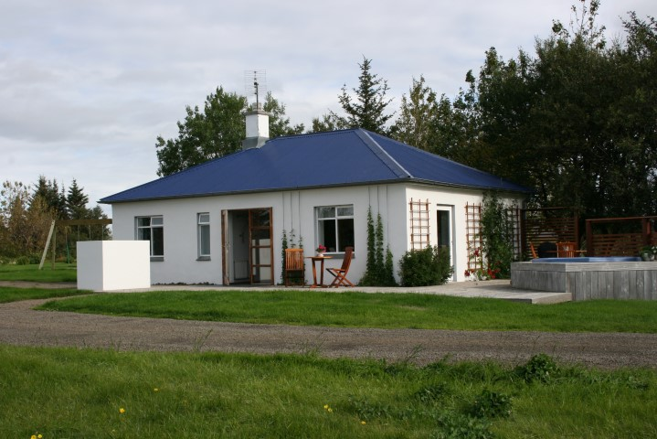 Jaðar cottage accommodation in west Iceland