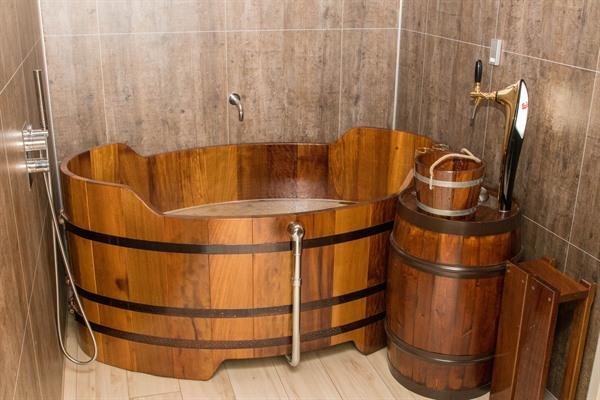 Beer Spa - © Visit North Iceland