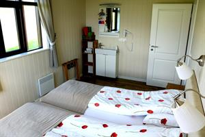 Twin or Double Room with Shared Bathroom
