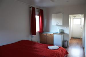 Double room with private bathroom in a separate house