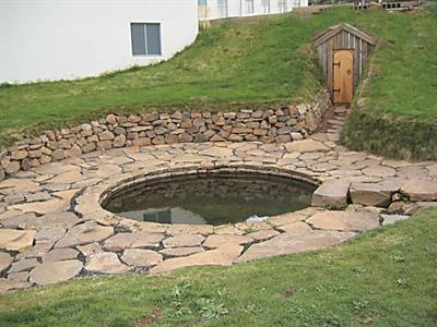 The ancient pool Snorralaug in West Iceland