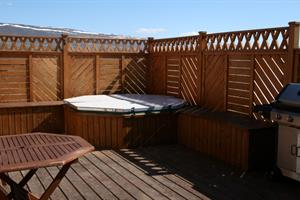 Hot tub on the veranda