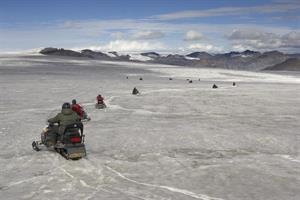 Snowmobile tour on Skálafellsjökull Glacier
