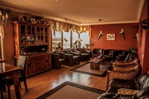 Cosy lounge at Gauksmýri, ideal for relaxing after a wonderful day out in the nature