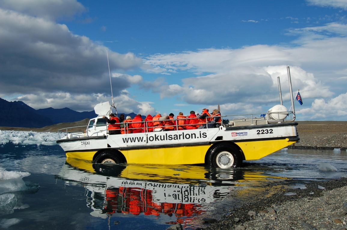 Glacier Lagoon Boat Tour Amphibian Boat Tour On Jokulsarlon