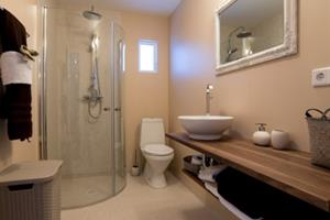 Bathroom in the 6 person cottage