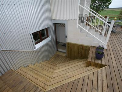 Entrance to apartment for six persons in category B