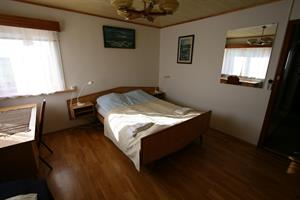 Double room with an extra bed, suitable for families